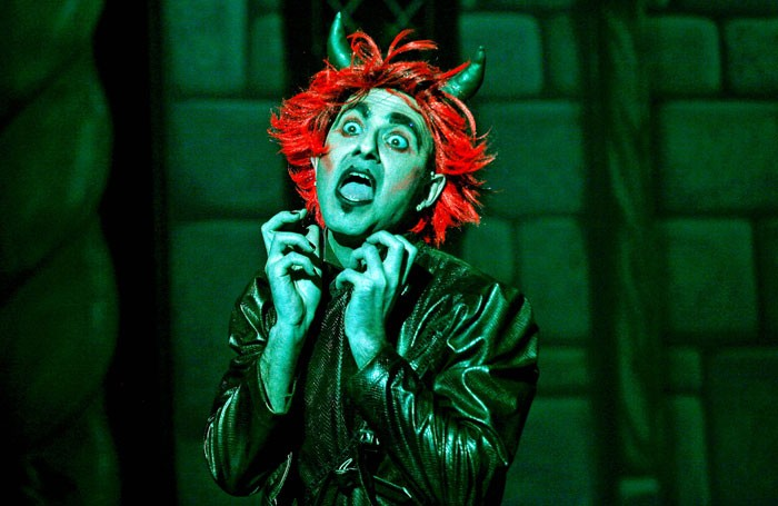 Phil Willmott: 7 tips for dealing with bad theatre reviews