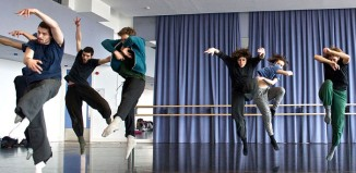 members of Shechter Junior in rehearsals Photo Chien-Ming Chang