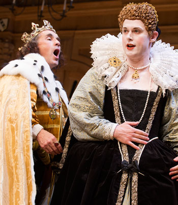 Mark Rylance (King Richard lll) and Samuel Barnett (Queen Elizabeth) in Richard lll by William Shakespeare @ Apollo Theatre