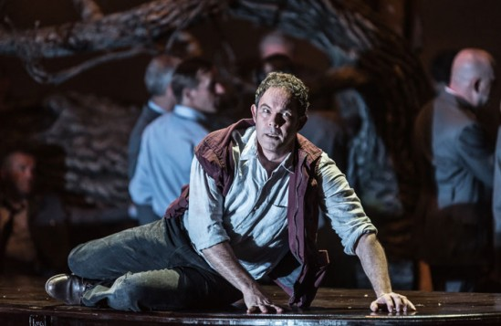 Gerald Finley as Guillaume Tell. Photo: Clive Barda