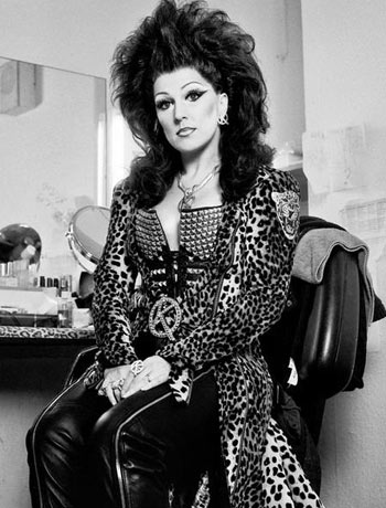Mazz Murray backstage at We Will Rock You