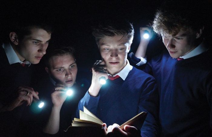 Shakespeare's R&J at the Tabard Theatre