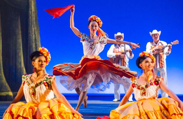 Ballet Folklorico de Mexico, London Coliseum. Photo: Tristram Kenton