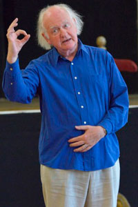 Oliver Ford Davies in rehearsal for Henry V. Photo: Keith Pattison.