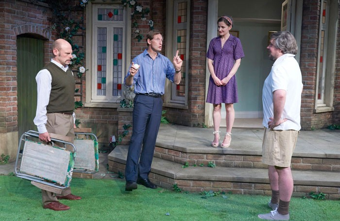 Round and Round the Garden at The Mill at Sonning Theatre. Photo: Geraint Lewis