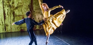 Carlos Acosta and Zenaida Yanowsky in Elizabeth at the Linbury Studio, Royal Opera House. Photo: Tristram Kenton