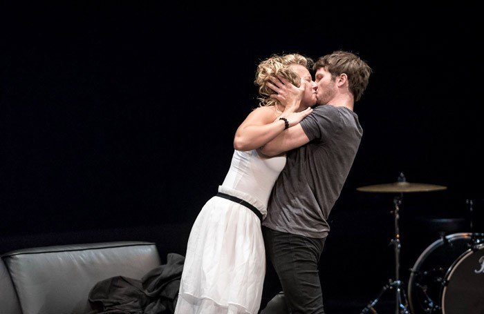 Francesca Zoutewelle and Mark Quartley in Hamlet, Who's There? Photo: Gdansk Theatre Festival