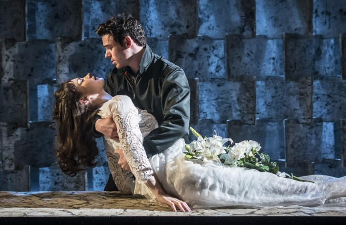 Captivating Kenneth Branaghu0027s Romeo And Juliet U2013 Review Round Up