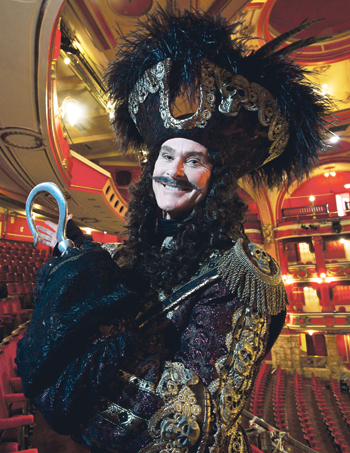 David Hasselhoff appeared in pantomime  at the Bristol Hippodrome in 2011