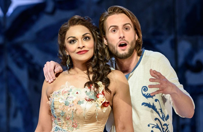 Danielle de Niese and Bjorn Burger in Il Barbiere Di Siviglia at Glyndebourne. Photo: Bill Cooper