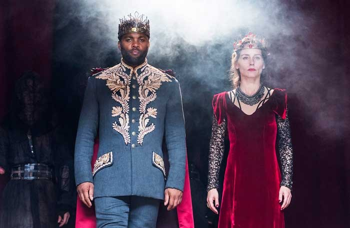 Ray Fearon and Tara Fitzgerald in Macbeth at Shakespeare's Globe. Photo: Tristram Kenton