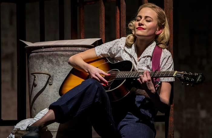 breakfast at tiffany s starring pixie lott review round up