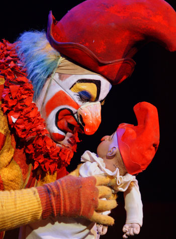 Punch and Judy at the Young Vic, 2008. Photo: Catherine Ashmore