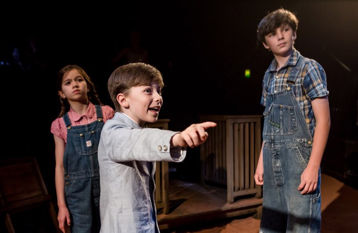 To Kill A Mockingbird Review At Octagon Theatre Bolton Refreshing Simplicity