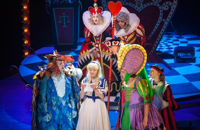 alice s adventures in wonderland review at lyceum theatre
