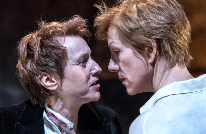 https://cdn.thestage.co.uk/wp-content/uploads/2016/12/Lia-Williams-as-Elizabeth-I-Juliet-Stevenson-as-Mary-Stuart_credit-Manuel-Harlan-2-700x455.jpg