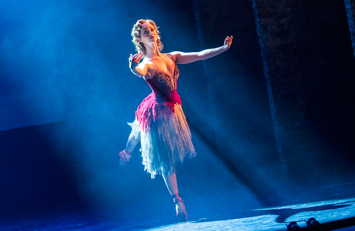 Tour Of The Red Shoes Matthew Bourne