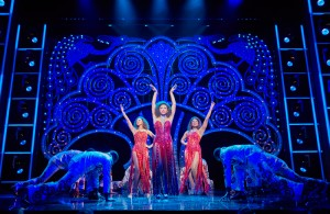 (l-r)-Lily-Frazer,-Liisi-LaFontaine-and-Ibinabo-Jack-in-Dreamgirls-at-the-Savoy-Theatre