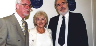 Alan Simpson (right) with Ray Galton and Liz Fraser. Photo: Doug McKenzie