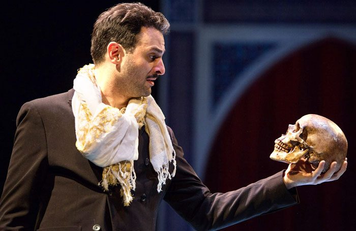 Hamlet review – Andrew Scott is a charming prince in a chic yet dotty show