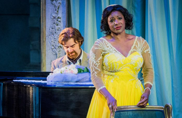 Stephen Aviss and Elizabeth Llewellyn in Opera Holland Park's production of La Rondine. Photo: Robert Workman