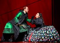 Bejun Mehta and Farnace Albina Shagimuratova in Mitridate; re di Ponto at Royal Opera House, London
