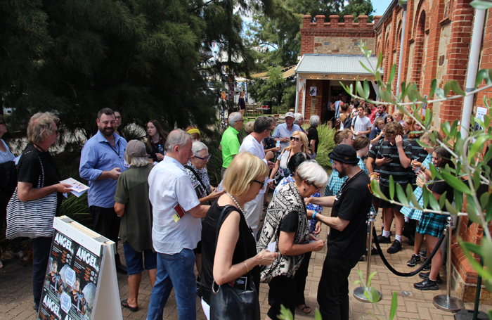 Queues for Angel outside Holden Street Theatres