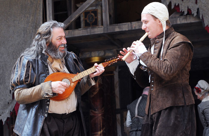 Roger Allam (Falstaff) and Jamie Parker (Prince Hal) in Henry lV Parts 1 at Shakespeare's Globe in 2010. Photo: Tristram Kenton