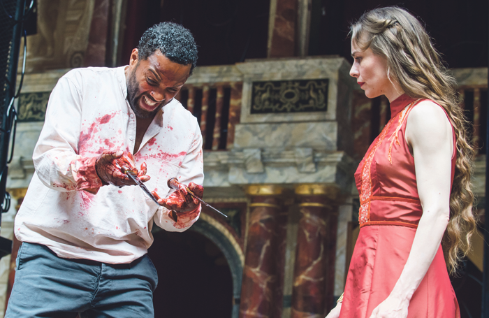 Ray Fearon as Macbeth with Tara Fitzgerald as Lady Macbeth at Shakespeare's Globe (2016). Photo: Tristram Kenton