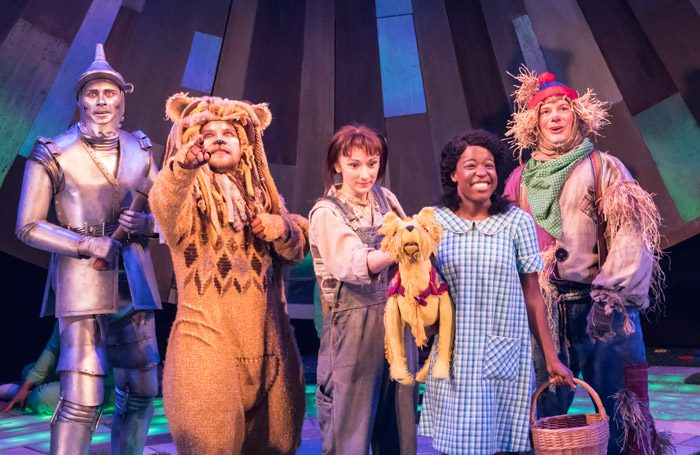 The cast of The Wizard of Oz at Crucible Theatre, Sheffield. Photo: Johan Persson