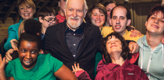 Richard Stilgoe (centre) with students from the Orpheus Centre. Photo: Stonelock Photography
