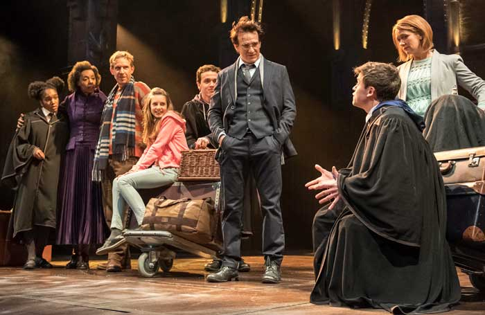 The 2016 cast or Harry Potter and the Cursed Child. Photo: Manuel Harlan