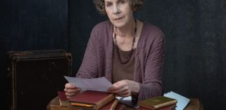 Jan Carey in Author, Composer, Soldier-of-a-Sort. Photo: Kim Hardy