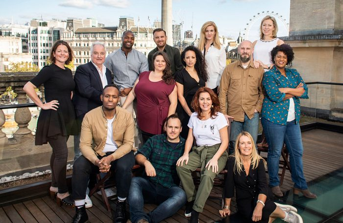 Rachel Tucker leads UK and Ireland cast of Come from Away