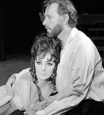 Richard Burton and Elizabeth Taylor in the 1966 production of Dr Faustus