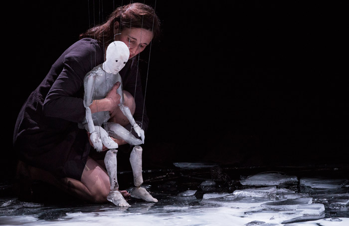 Anywhere, from France's Theatre de L'Entrouvert, features a puppet made of ice. Photo: Beaume 5