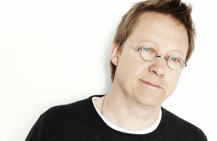 Author Simon Mayo. Photo: David Venni