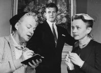 Gracie Fields as Miss Marple with Roger Moore and Jessica Tandy on US television in 1956