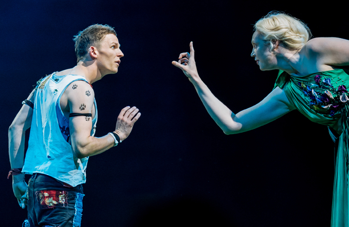 9. l-r David Moorst (Puck) and Gwendoline Christie (Titania), photo by Manuel Harlan