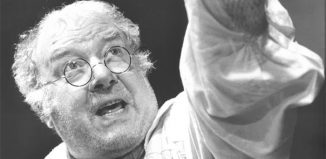 Freddie Jones in A Song in the Night at the Lyric Hammersmith in 1989. Photo: Tristram Kenton