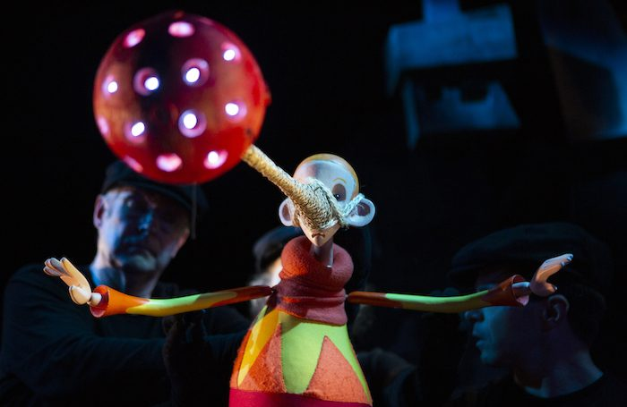 The Dong with a Luminous Nose at Little Angel Theatre. Photo: Ellie Kurttz